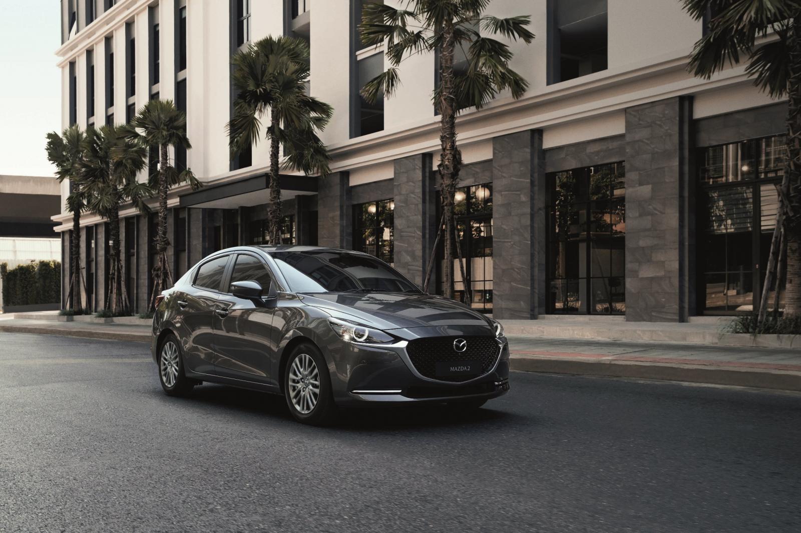 Mazda2 2021