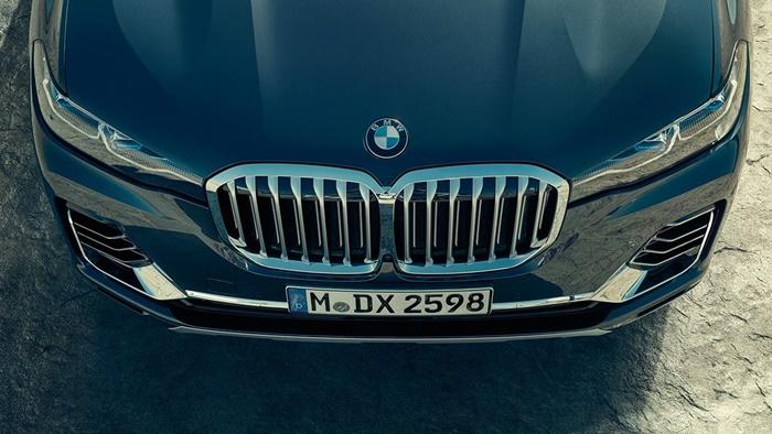 กระจังหน้าไตคู่ BMW