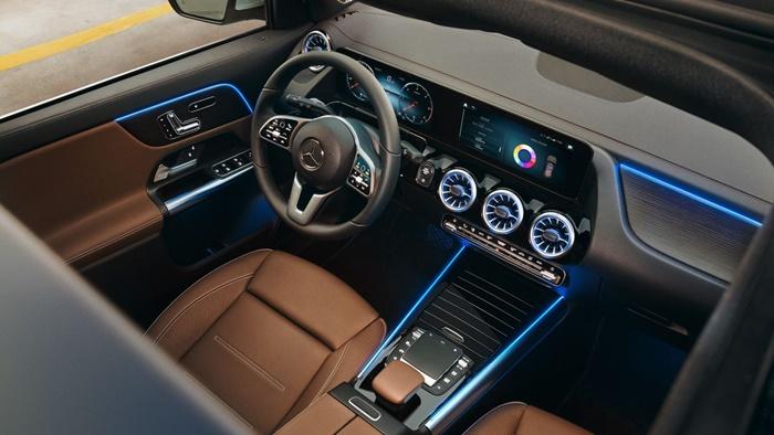 การตกแต่งภายในเป็นแบบ AMG interior package