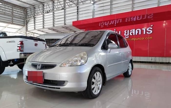 Honda Jazz ปี 2004 ราคาเริ่มต้น 145,000 บาท