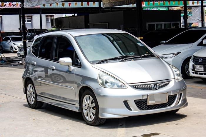 Honda Jazz ปี 2007 ราคาเริ่มต้น 158,000 บาท