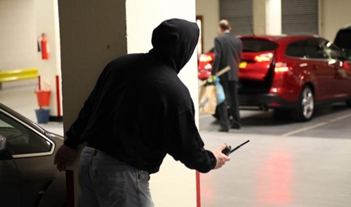 ป้องกันขโมยด้วยที่ล็อครถยนต์