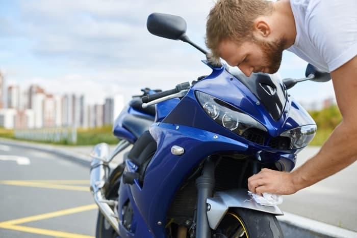 การเคลือบแก้วมอเตอร์ไซค์ ช่วยปกป้องผิวรถคุณ