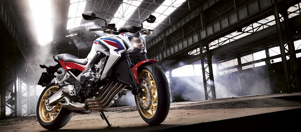 Honda_2014_CB650F_White_Supersports_Motorcycle_lifestyle3_large_hero