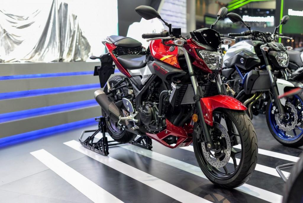 Yamaha_MT03_motorshow2016