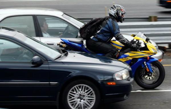 ขับรถ Bigbike โดยใช้รอบความเร็วต่ำ
