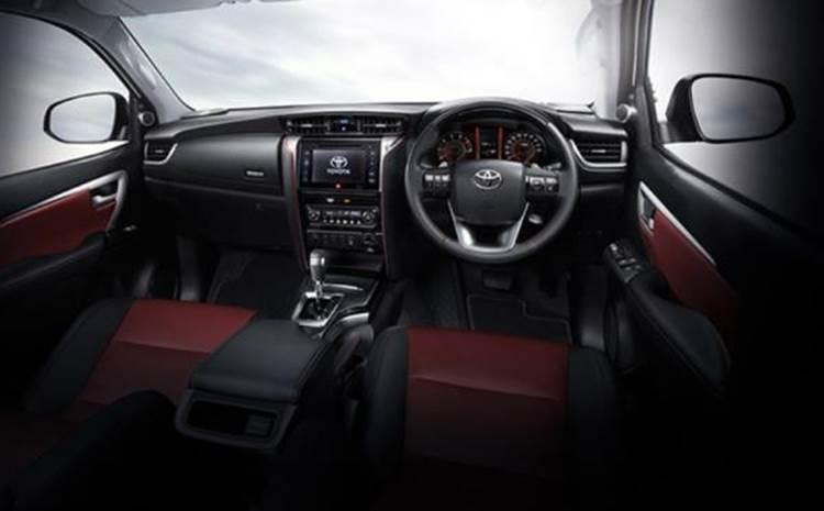 ภายในของ Toyota Fortuner TRD Sportivo 2019