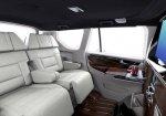 พาชม Toyota Innova Crysta แต่งสวยกับภายในใหม่ในสไตล์ เลานจ์ บาร์