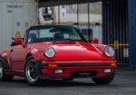 โดดเด่นไม่แพ้ใคร กับรถคลาสสิก 1985 Porsche 911 พร้อมดีไซน์ที่มีเสน่ห์ในทุกมุมมอง
