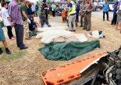 เกิดเหตุสลด รถบรรทุก 6 ล้อประสานงารถกระบะ ดับคาที่ 6 ศพ บาดเจ็บ 3 ราย บนถนนสายเพชรเกษม – บ้านหนองเสือ จ.ประจวบฯ