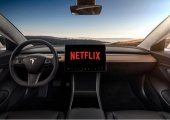 TESLA เอาใจคอบันเทิงแบบเต็มพิกัดด้วยการเพิ่ม Netflix และ Youtube ลงใน infotainment ของรถ