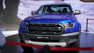 ด้านหน้า Ford Ranger Raptor - 1