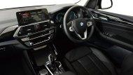 BMW X3 xDrive 20d xLine 2018 ให้ทุกการขับขี่ประทับใจด้วยพวงมาลัยแบบ 3 ก้าน ตกแต่งด้วยสีเงินสุดโฉบเฉี่ยว - 4