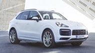 สำหรับระบบไฟส่องสว่างของ Porsche Cayenne E-Hybrid 2018 ติตตั้งไฟหน้าแบบ LED Bi-Xenon ไฟส่องสว่างสำหรับการขับขี่ในเวลากลางวันแบบ Daytime Running Lights โดดเด่นยิ่งขึ้นด้วยกระจังหน้าสีดำแนวขวาง - 1