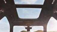 หลังคา Panoramic Moon Roof ปรับด้วยระบบไฟฟ้า - 1