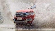 ระบบขับเคลื่อน 4 ล้ออัจฉริยะ หมวดการขับขี่บนสภาพถนนที่เป็นน้ำและสามารถลุยน้ำได้ลึกถึง 800 มิลลิเมตร - 8