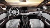 ส่วนภายในก็เป็นอีกหนึ่งไฮไลต์ของ Mercedes-Benz X-Class Yachting Edition ซึ่งหรูหรากว่า Mercedes-Benz X-Class ปกติมาก เบาะหนังเปลี่ยนเป็นของ Recaro Sportster และหุ้มหนัง Nappa Porzellan leather ให้ผิวสัมผัสเนียนละเอียดเหมือนก้นเด็ก - 14