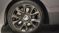 ช่วงล่างล้ออัลลอยติดตั้งสัญลักษณ์ Roll-Royce - 3