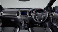 Ford Ranger Raptor 2018 มาพร้อมกับเบาะหนังขนาดใหญ่ผ่านการดีไซน์ให้รองรับการขับขี่ทั้งในเส้นทางเรียบ และ ในเส้นทางทุรกันดาร - 12