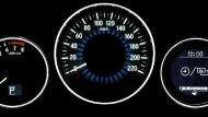 มาตรวัดเรืองแสงมาพร้อมกับหน้าจอแสดงข้อมูลการขับขี่ - 9