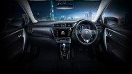 Toyota Corolla Altis 2018 ได้รับการตกแต่งอย่างประณีตด้วยเฉดสีภายในห้องโดยสารโทนสีดำให้ความรู้สึกเข้มทรงพลังผสานกับความหรูหราได้อย่างลงตัว - 10