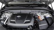 Volvo XC60 T8 ขับเคลื่อนโดยใช้พลังงานไฟฟ้าปลั๊กอินไฮบริด และ เครื่องยนต์เบนซิน Drive-E รหัส B4204T35 ขนาด 2 ลิตร 4 สูบ พร้อมซุปเปอร์ชาร์จ เทอร์โบชาร์จ และ มอเตอร์ไฟฟ้า - 6