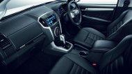 ภายใน Isuzu MU-X  The Iconic 2018 ให้ทุกการขับขี่สะดวกสบายอย่างเหนือระดับด้วยเบาะนั่งหุ้มด้วยหนังดีไซน์ใหม่ล่าสุด Sport Cut พร้อมเบาะนั่งคนขับปรับไฟฟ้าได้ 6 ทิศทาง - 9