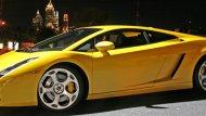 เส้นสายที่รับกับตัวรถได้อย่างดี ช่วยให้  Lamborghini Gallardo 2004 ยังเป็นที่นิยมถึงในปัจจุบัน  - 6