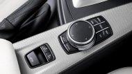 ปุ่มควบคุมระบบต่างๆภายในรถ - 12