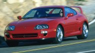 าง Toyota ได้ทำการทุ่มเทมากที่สุดเพื่อให้เป็นสุดยอดรถสปอร์ต ที่สวยงาม และลงตัวที่สุด การออกแบบยังคงใช้รูปแบบคูเป้ 2+2 ที่นั่ง ซึ่งที่นั่งด้านท้ายมีความกว้างไม่มาก เหมาะกับเด็ก หรือสัตว์เลี้ยงเท่านั้น - 9
