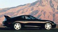 ในรุ่น Japan spec ปี 1997-1998-2002 จะเป็น Minorchange เปลี่ยนไฟหน้าเป็นแบบโคมในสีดำ  - 7
