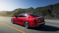 ภายในของ Kia Stinger 2018 ใหม่ ก็ยังคงความพรีเมียมแต่เน้นอารมณ์สปอร์ตแบบรถ GT มากกว่าความหรูหรา  - 9