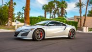 Acura NSX 2018 หรือ Honda NSX 2018  ใหม่ เปิดตัวในงาน Pebble Beach Concours d'Elegance 2018 ในมอนเทอร์เรย์ แคลิฟอร์เนีย สหรัฐอเมริกา  - 1