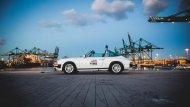 """นอกจากนี้ ในปี ค.ศ. 2004 นิตยสาร Sports Car International ยังได้จัดอันดับให้ Porsche 911  อยู่อันดับที่ 3 บนหัวข้อ """"รถสปอร์ตที่ดีที่สุดในปี ค.ศ. 1960""""  - 7"""