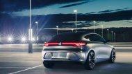 Mercedes-Benz Concept EQA เป็นรถยนต์ไฟฟ้าที่แสดงให้เห็นถึงกลยุทธ์ EQ ของเมอเซเดส-เบนซ์ - 2
