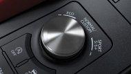 DRIVE MODE SELECT โหมดการขับขี่หลากหลายรูปแบบ เพื่อให้คุณสามารถเลือกปรับสมรรถนะการขับขี่ที่เหมาะกับสไตล์ของคุณ โดยสามารถเลือกเปลี่ยนได้ 4 รูปแบบ คือ NORMAL, ECO, SPORT S / S+ และ Custom Modes. - 10