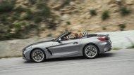 BMW Z4 2019 ทุกรุ่นมาพร้อมหลังคาแบบ Soft top สามารถเปิด-ปิดด้วยระบบไฟฟ้าในเวลา 10 วินาที ที่ความเร็วสูงสุดไม่เกิน 50 กม./ชม.  - 12