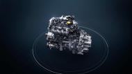 """Renault Megane RS Trophy Model"""" จะใช้เครื่องยนต์แบบเทอร์โบชาร์จ (Turbocharged Engine) ให้กำลังทั้งสิ้น 296 แรงม้า (300 PS) และแรงบิดสูงสุดทั้งสิ้น 310 ปอนด์/ฟุต (420 Nm.) โดยประมาณ ซึ่งมันถือว่ามีกำลังมากกว่ารุ่นธรรมดา 20 แรงม้า - 2"""