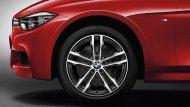 """BMW 3 Series 2019 สวยโดดเด่นสไตล์สปอร์ตด้วยล้ออัลลอยขนาด 18 """" - 4"""
