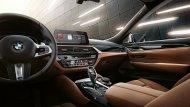 ภายในห้องโดยสาร BMW 6 Series Gran Turismo กว้างขวาง หรูหรา และมาพร้อมกับเทคโนโลยีทันสมัยต่างๆ มากมาย - 8