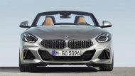 โดย2019 BMW Z4 sDrive20i Roadster เป็นคันแรก ตามมาด้วย 2019 BMW Z4 sDrive30i Roadster และ 2020 Z4 M40i  - 2