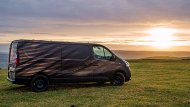 มีหลายรูปแบบตัวถัง ทั้งแบบตู้ทึบ (Panel Van), ตู้ทึบกึ่งโดยสาร (Crew Van) และเพื่อการโดยสาร (Combi) แต่รุ่นที่ Nissan UK นำมาดัดแปลงนั้นเป็นแบบ Panel Van ซึ่งกว้างขวางพอที่จะเปลี่ยนให้เป็นเวิร์กช็อปเคลื่อนที่ในฝันสำหรับช่างไม้ - 2