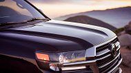 Toyota Land Cruiser Heritage Edition โดดเด่นจริง ๆ คือกระจังหน้าและล้ออะลูมิเนียม (Forged) ขนาด 18 นิ้ว ลายพิเศษ - 2