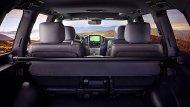 ขณะที่ภายในของ Toyota Land Cruiser Heritage Edition จะอุดมไปด้วยการตกแต่งอย่างหรูหรา  - 5