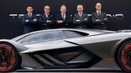 เพราะรถเหล่านี้ไม่ใช่รถสปอร์ตแบบ Half-Race แต่เกือบเป็น Race Car โดยสมบูรณ์ สมรรถนะใกล้เคียงรถแข่ง F1 มาก และเหนือกว่า F1 ในอดีต - 10