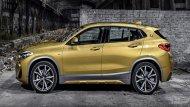 BMW X2 เพิ่มความสะดวกสบายด้วยการติดตั้งกระจกมองข้างสีเดียวกับตัวรถพร้อมไฟเลี้ยวปรับพับได้ด้วยไฟฟ้า มือจับประตูภายนอกสีเดียวกับตัวรถและเสาอากาศแบบครีบฉลาม  - 12