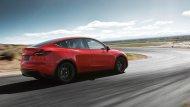 สำหรับใครที่ต้องการระบบช่วยขับขี่กึ่งอัตโนมัติของ Tesla สำหรับ All-new Tesla Model Y 2020 นั้นเป็นออปชั่นที่ต้องลือกและจ่ายเงินเพิ่มอีก 3,000 ดอลลาร์ (เกือบแสนบาท) เช่นเดียวกับสีตัวถัง นอกเหนือจากสีดำแล้ว ทุกสีต้องจ่ายเพิ่มขั้นต่ำ 1,500 ดอลลาร์ นี - 8