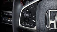 Honda Civic 2019 ติดตั้งพวงมาลัยมัลติฟังก์ชั่นแบบ 3 ก้านหุ้มหนัง สามารถปรับระดับได้ 4 ทิศทาง พร้อมปุ่มรับ-วางสายโทรศัพท์ - 11