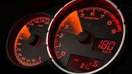 Subaru BRZ เพิ่มความสะดวกมากยิ่งขึ้นด้วยหน้าจอแสดงผลการขับขี่แบบ MID พร้อมมาตรวัดแบบวงกลมซ้อนกัน 3 วง ส่วนตรงกลางเป็นมาตรวัดรอบเครื่องยนต์แบบ Redline รวมถึงไฟ Shift Light Indicator และฟังก์ชั่นแสดงอุณหภูมิภายนอกรถ - 5