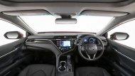 Toyota Camry 2019 เพิ่มความสะดวกสบายผ่านเบาะนั่งด้านหน้าสามารถปรับไฟฟ้าได้ 8 ทิศทางพร้อมปุ่มปรับดันหลังเฉพาะเบาะนั่งคู่หน้า ส่วนเบาะนั่งด้านหลังปรับเอนด้วยไฟฟ้า  - 8